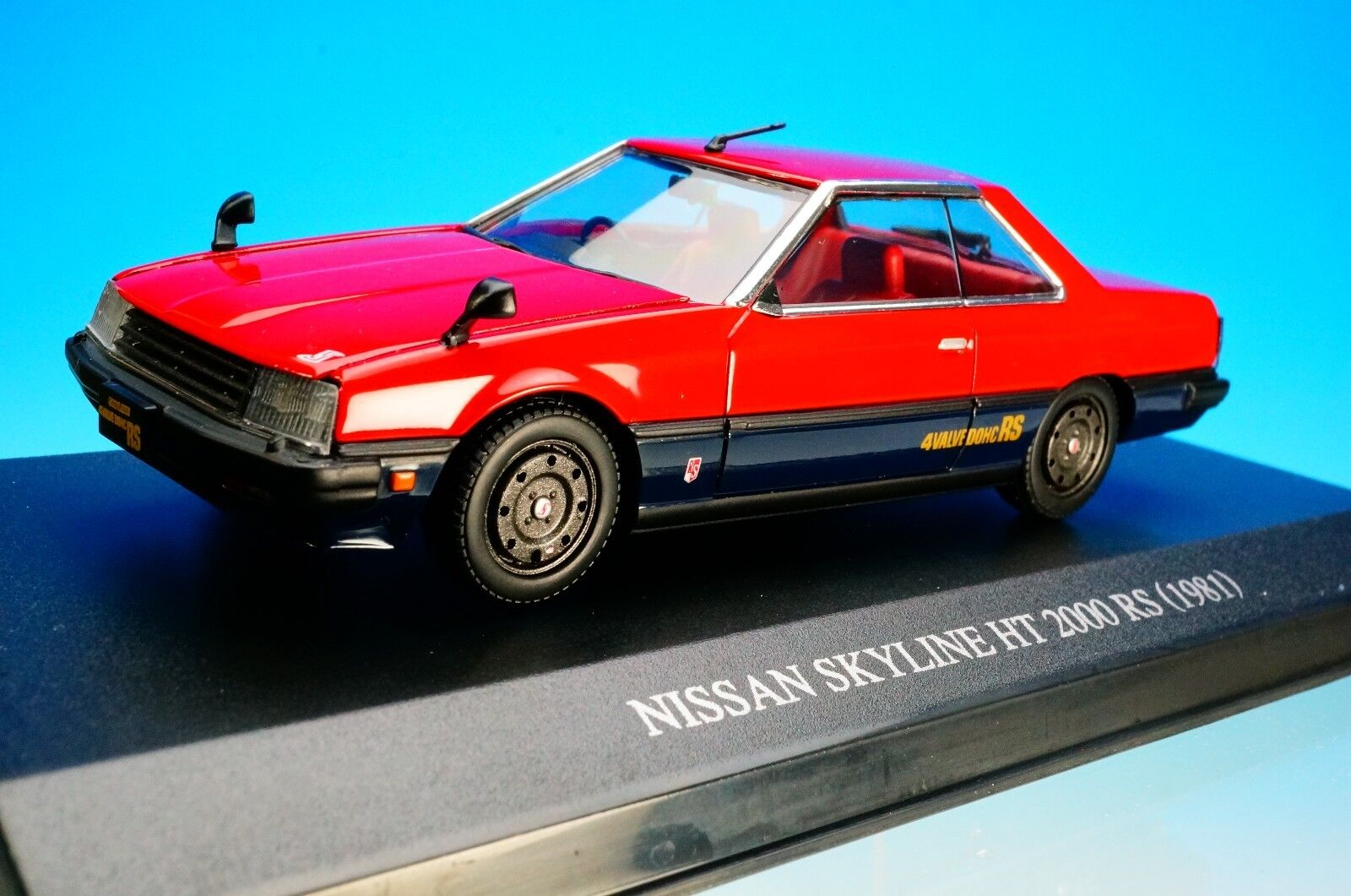DISM 1 43 SCALE DIE-CAST MODEL SKYLINE SKYLINE SKYLINE HT 2000 RS KDR30 1981 (rojo negro)New  938d66