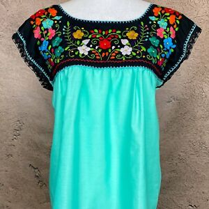 Mexican Folklore Dress Lightweight Cotton Ethnic Dress Mexican Boho Floral Dress Embroidered Peasant Dress Latina Fashion Lace Trim