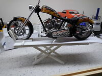 Model Motorcycle Lift 1:12 Scale Diorama