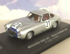 Ixo-1-43-Mercedes-Benz-300sl-21-Gagnant-le-Mans-1952-H-Lang-amp-F-Reiss-Lm1952