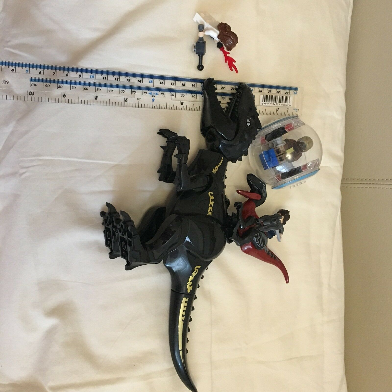 A00D- INDO-RAPTOR Set Large size Jurassic Jurassic Jurassic Fallen Park Word fits l@go 8eb8a8