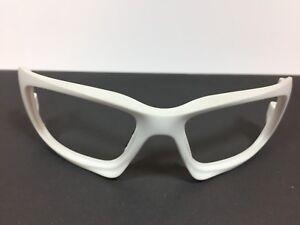 Oakley-Sunglasses-Scalpel-Matt-White-Frame-Front-Only