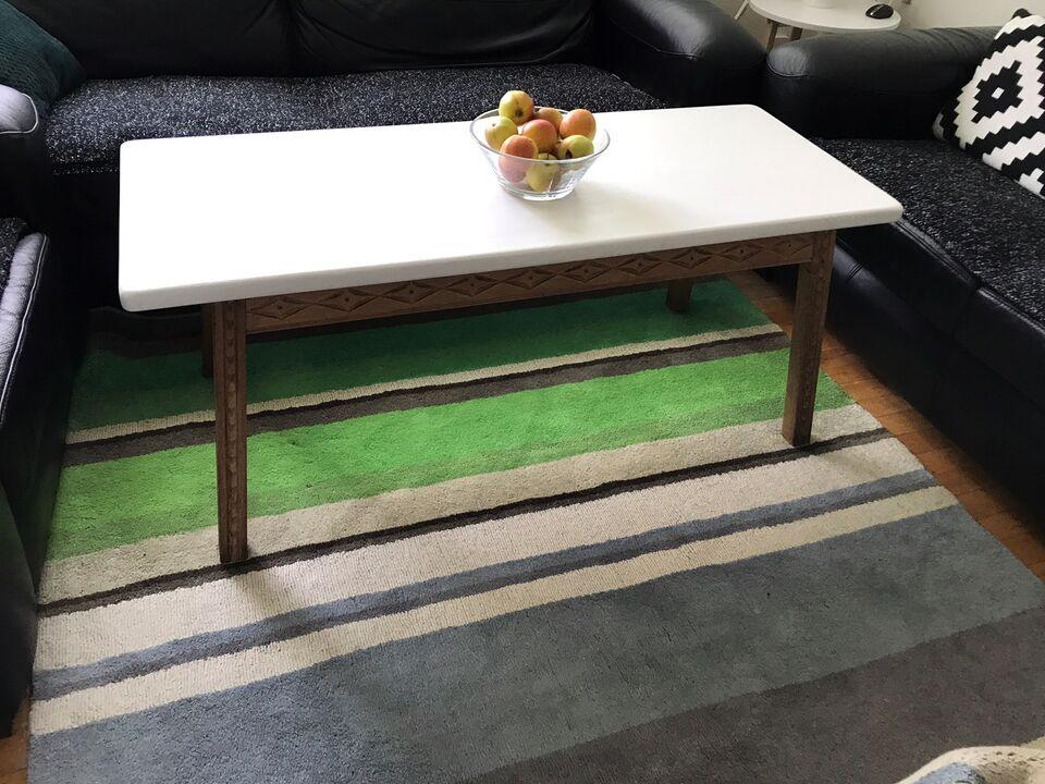 Sofabord, egetræ, b: 54 l: 134 h: 54