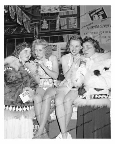 1940s era vintage photo-Women sipping grapefruit juice-Florida citrus-8x10 in