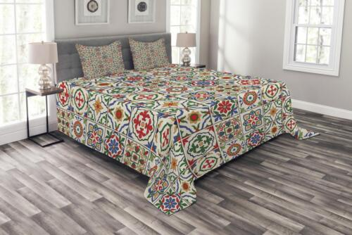 Moroccan Quilted Bedspread /& Pillow Shams Set Ornamental Abstract Leaf Print