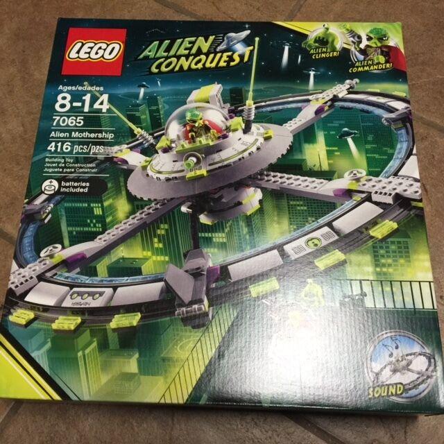 LEGO Alien Conquest 7065 Alien Mothership NEW Sealed 2011 Retirosso