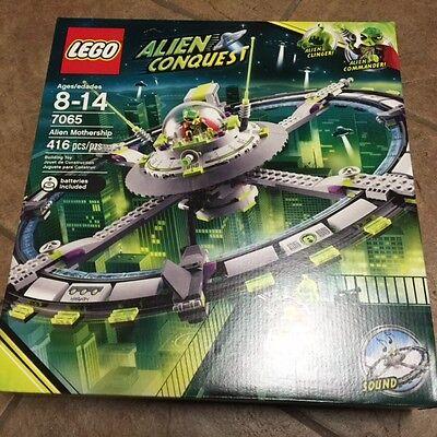 LEGO Space Alien Mothership 7065 4612199