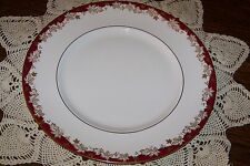 Royal Doulton - Winthrop H4969 - 10 5/8-inch Dinner Plate - Superior Condition