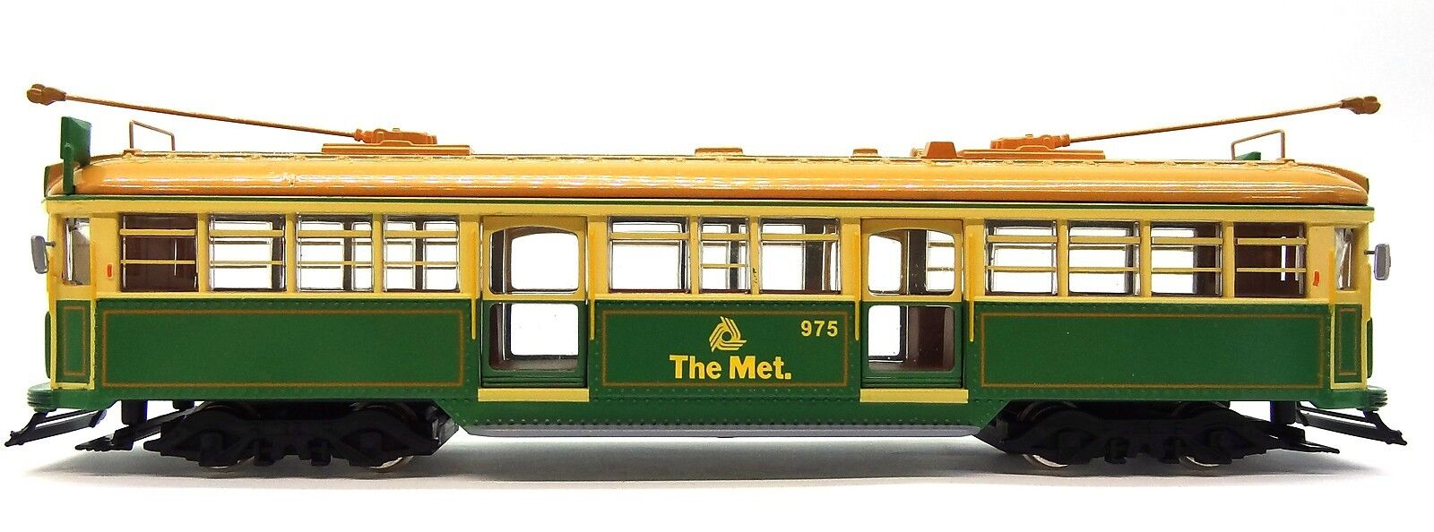1 76 SCALE MELBOURNE W6 CLASS TRAM - THE MET GREEN RATTLER NO. 975