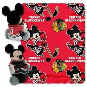 STANLEY CUP NHL CHAMPS, BRAND NEW Chicago Blackhawks Mickey Hugger Throw Blanket