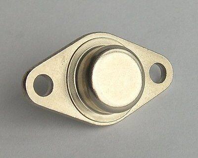 semi conductor. 2 pieces of Genuine 2SC680 Hitachi Power Transistor