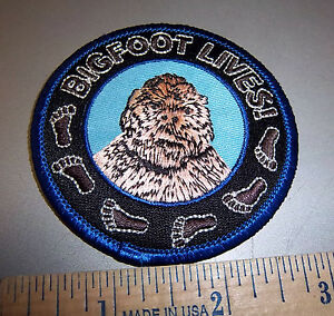 BIGFOOT-LIVES-beautiful-embroidered-patch-cool-collectible-patch-Unused