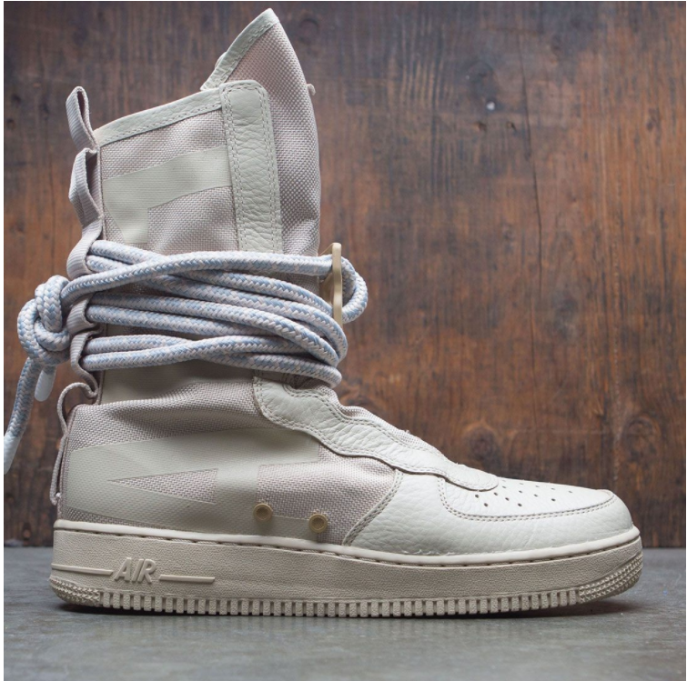 Nike SF Special Field Air Force 1 AF1 Hi Boot Tan Rattan Size 10. AA1128-200