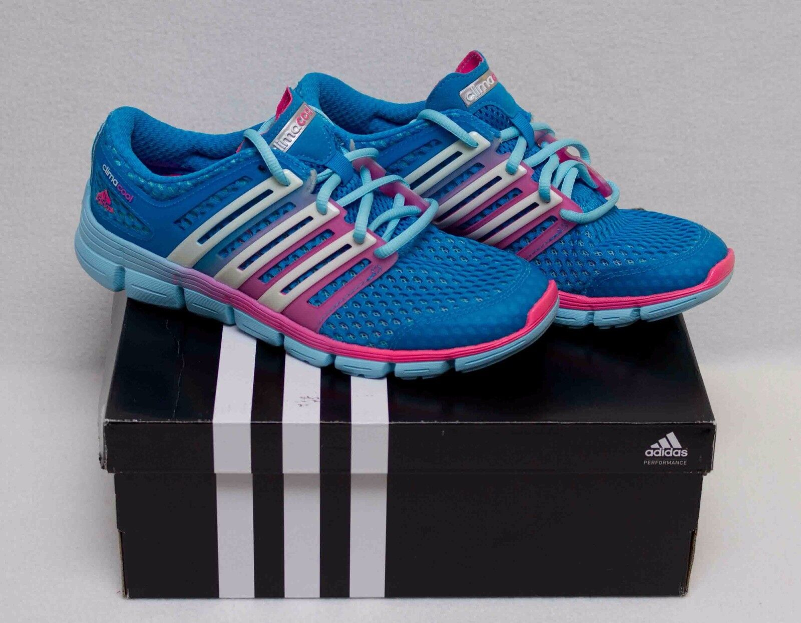 Womans adidas CC Crazy W Running/Course Size 7 Blue/Pink New in Box