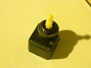 13142042-Opel-Leuchtweitenregulierung-Astra-H-Signum-Insignia-A-Vectra-C