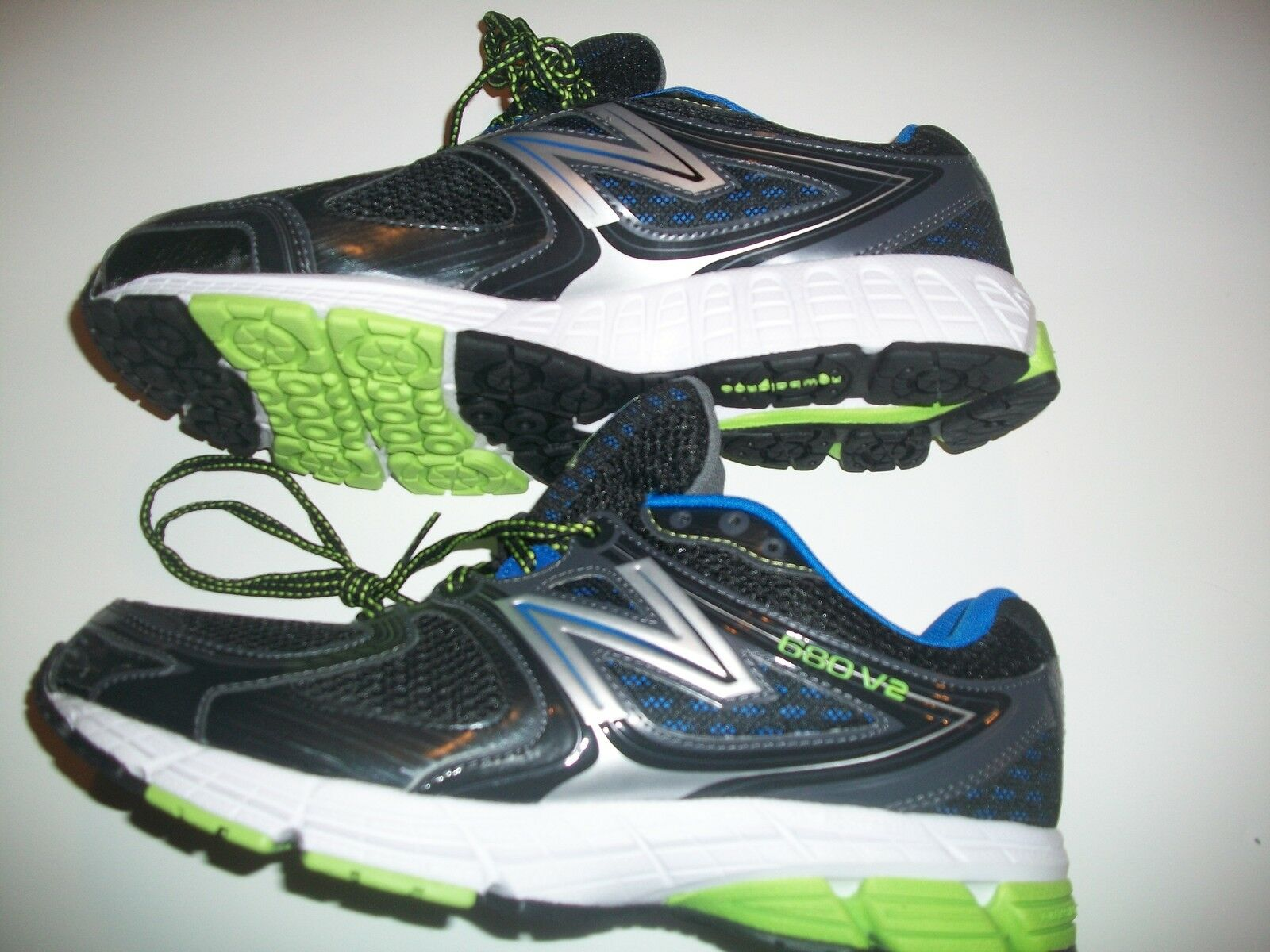 Men's New Balance 680v2 Running shoes M680 Size (4 E X Wide And D Medium Sizes)