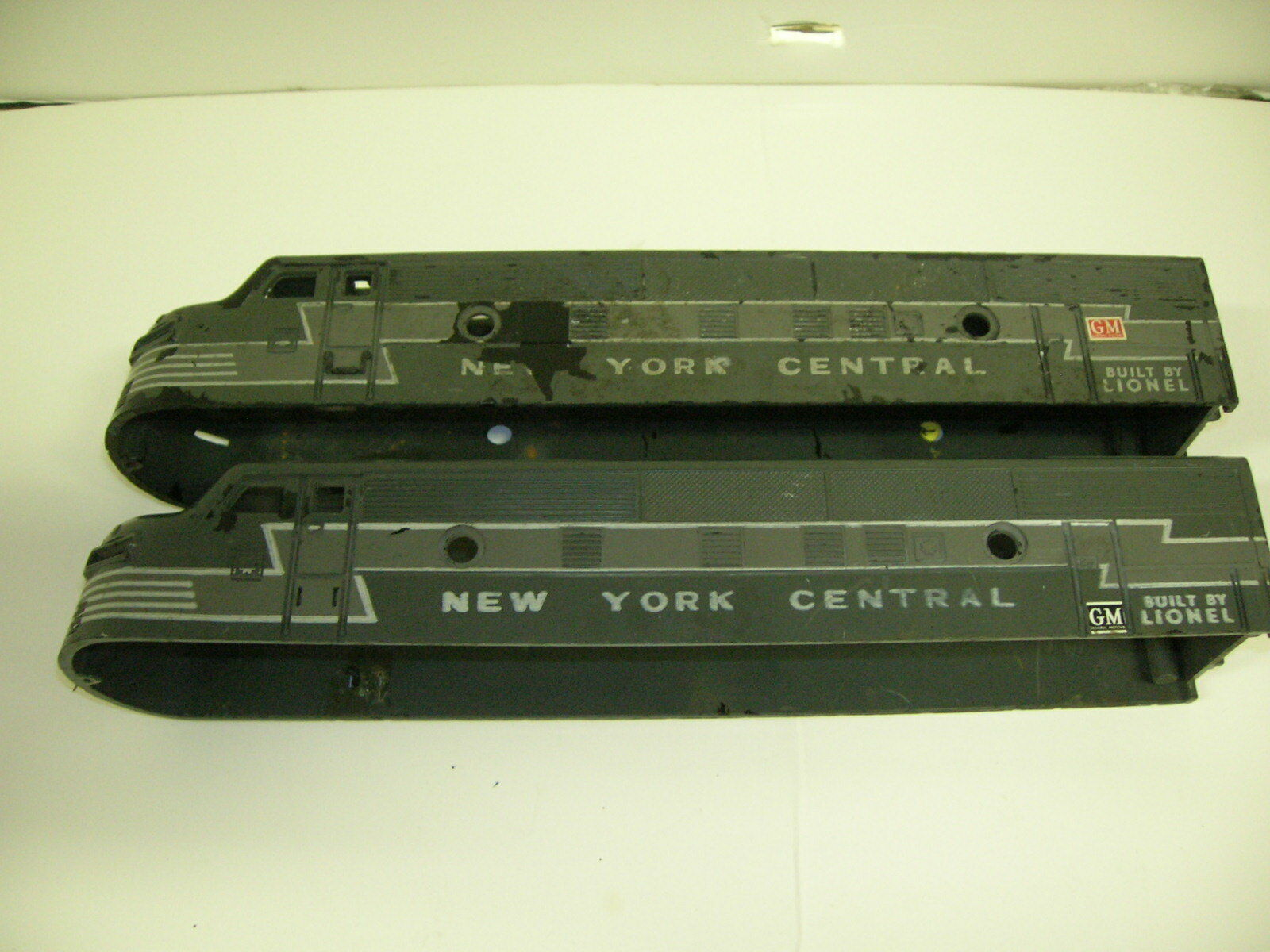 LIONEL  2333 NYC F3 CABS - MARKED 1947 1947 1947 TEST SAMPLES  LOOK NEW PICTURES 7ee780