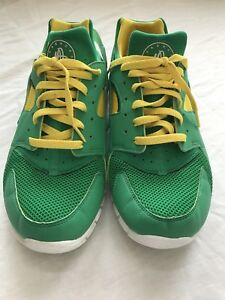 82ef4aebf34 Nike Huarache Free 2012 Court Grn Yellow Oregon Brazil Packers Sz 10 ...