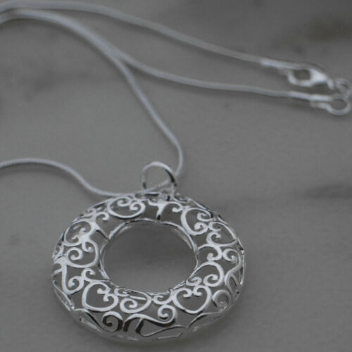 """925 Silver Eternity Circle of Life Heart Pendant with 18/"""" Snake Necklace 55"""