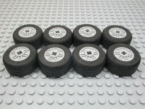 wheel rim 55982 light gray LEGO 8 New /& EUC  30.4 x 14 tire 58090 Technic