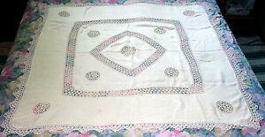 Nappe-ancienne-dentelle-fait-main-Antique-hand-made-lace-table-coat