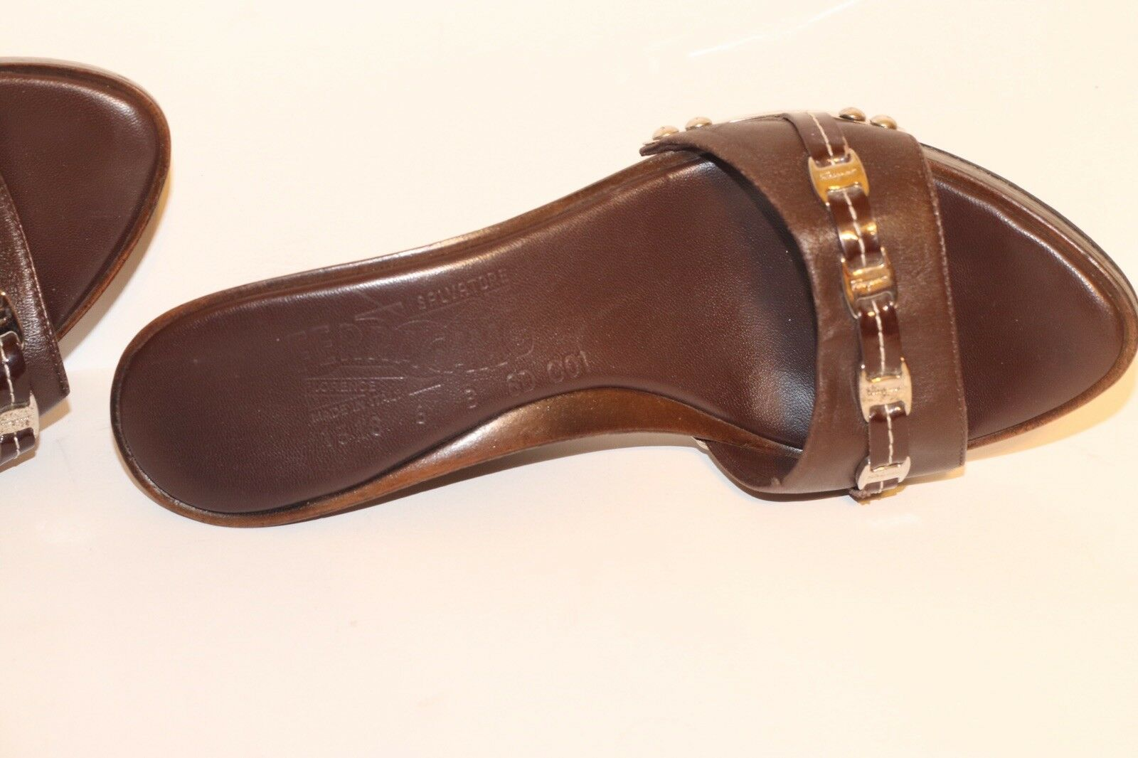 SALVATORE FERRAGAMO braun LEATHER IN Open-Toe WEDGE Sandals MADE IN LEATHER ITALY Sz 6 7d2038