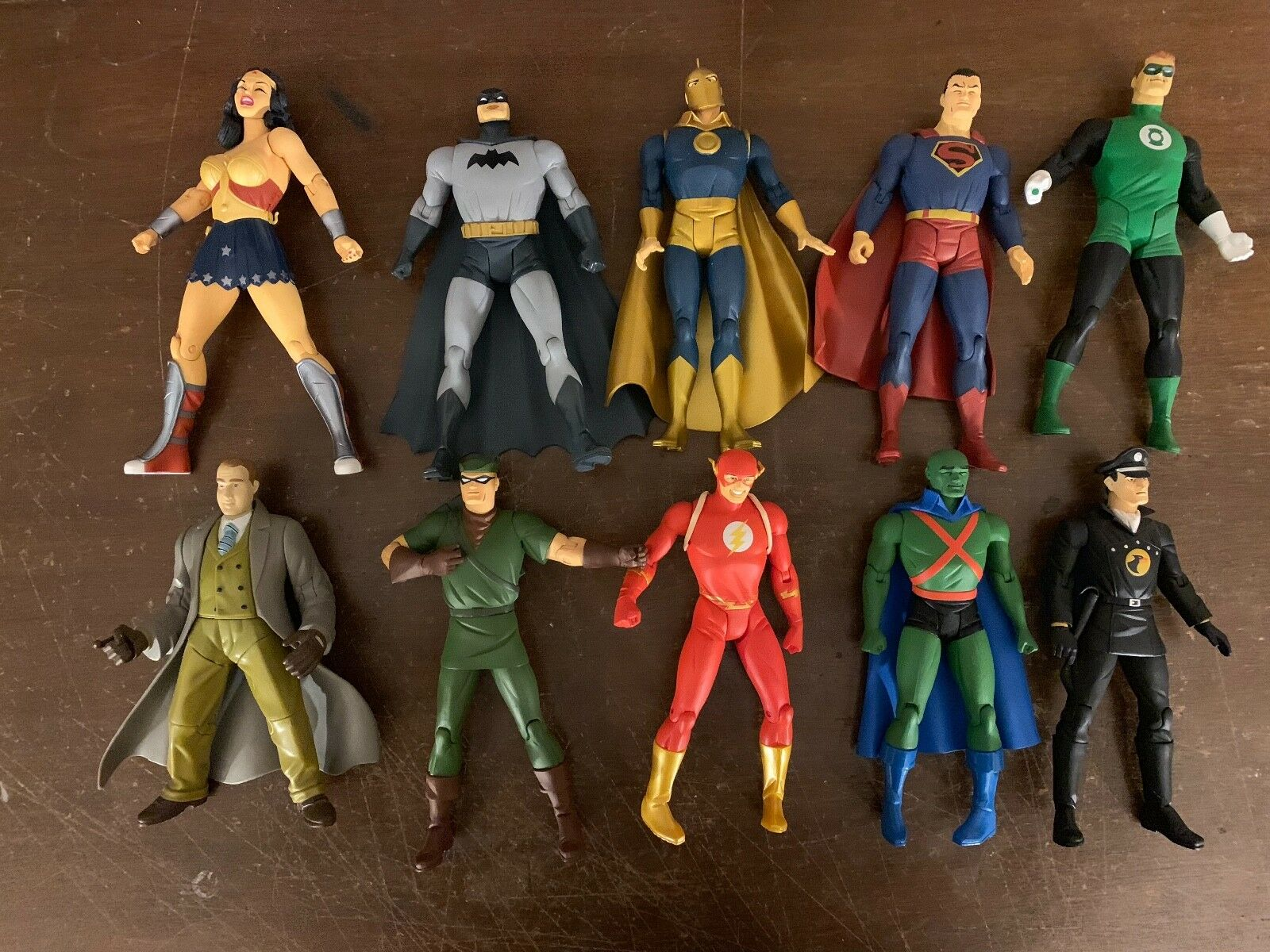 DC DC DC DIRECT NEW FRONTIER TOY 10 LOOSE FIGURE LOT WEAPONS STANDS SUPERMAN BATMAN MC 81a640
