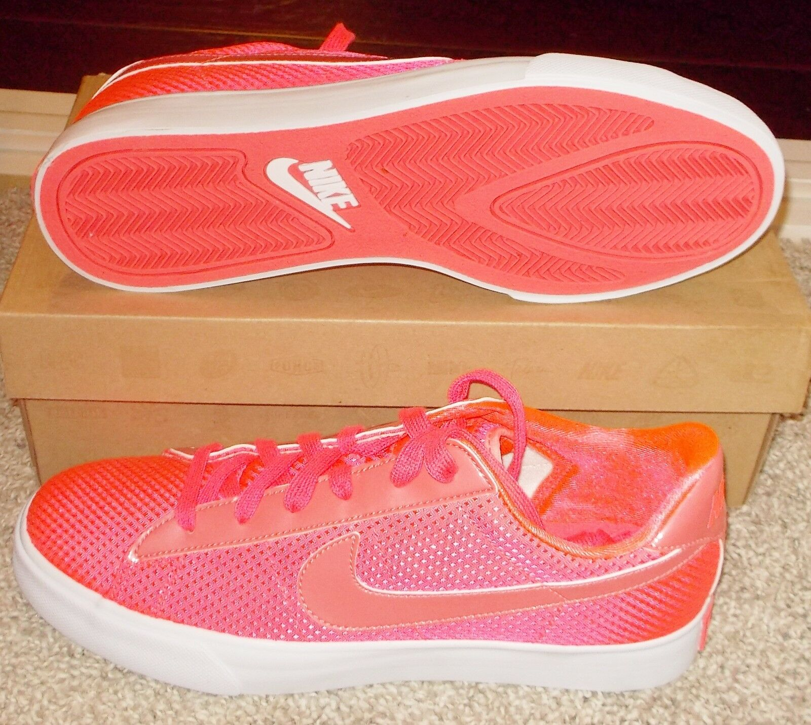 NEW NIKE SWEET CLASSIC TEXTILE Hot Punch NEON Womens vintage LTD NIB NR