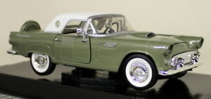 Motormax-1-24-Scale-1956-Ford-Thunderbird-Metallic-Green-Diecast-model-car