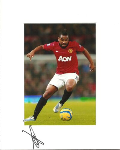 10 x 8 inch mount personally signed by Anderson of Manchester United on 13.09.14