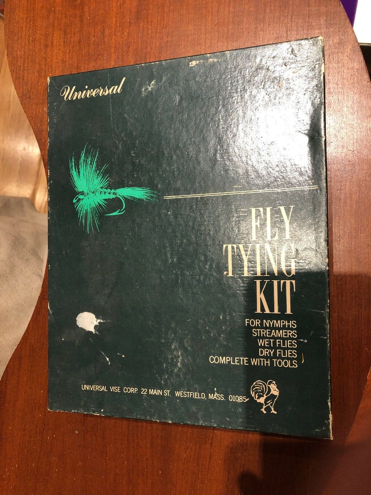 FLY TYING KIT Universal Vise Co Holyoke Massachusetts NEW In Box