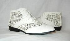 Urban Outfitters Kimchi Blue Women's Perforated Lace Up Ankle Boot size 7