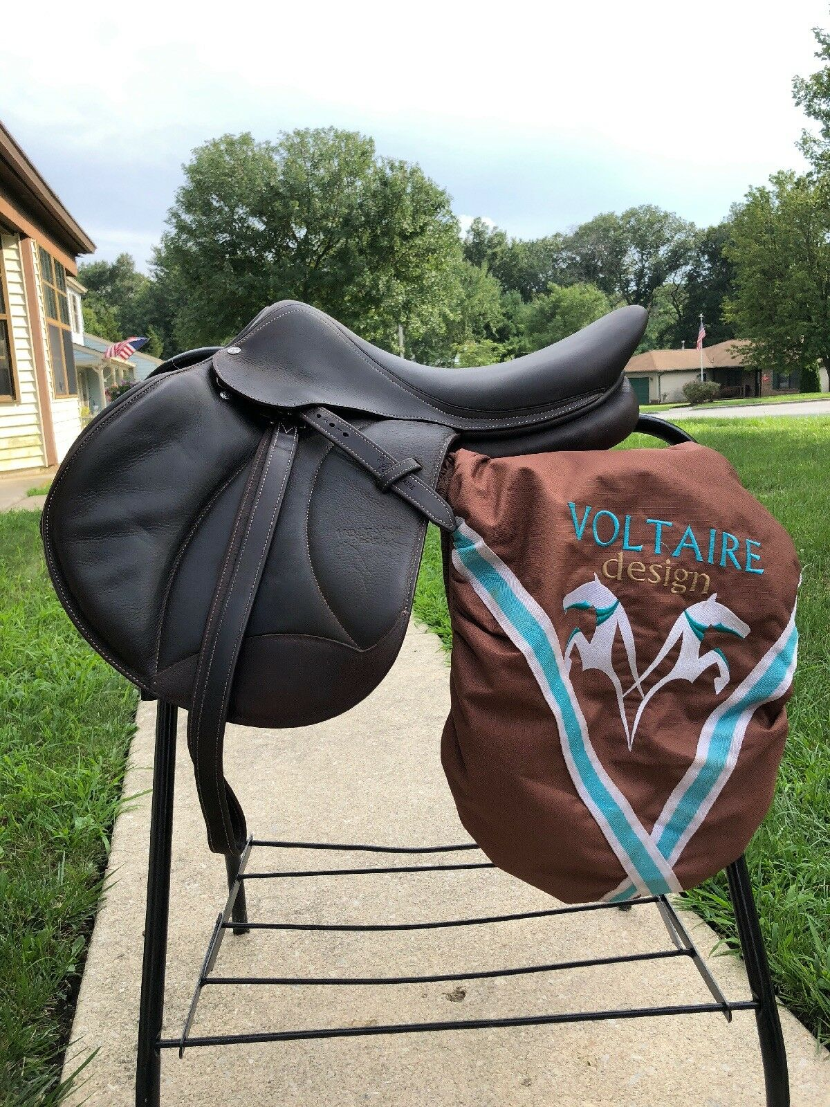 Voltaire Saddle Stuttgart 17.5 2A Flap