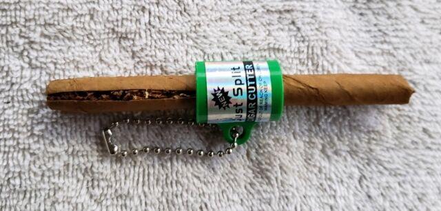 2 X NEW Cigarillo CIGAR CUTTER BLUNT SPLITTER KEY CHAIN