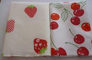 2-Stueck-Stoffreste-Stoffpaket-Patchworkstoffe-Baumwolle-Erdbeeren-und-Kirschen