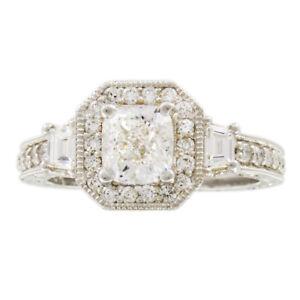 Diamant Certifié Gia 2.25 Coussin De Ct Rond & Trapèze Anneau Fiançailles Diamant 18k Or Fragrant Aroma