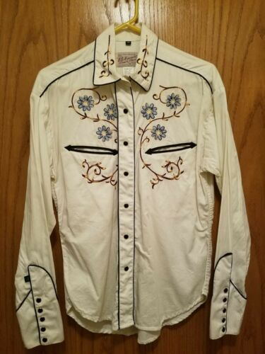 Rockmount Ranch Wear embroidered Women's snap up