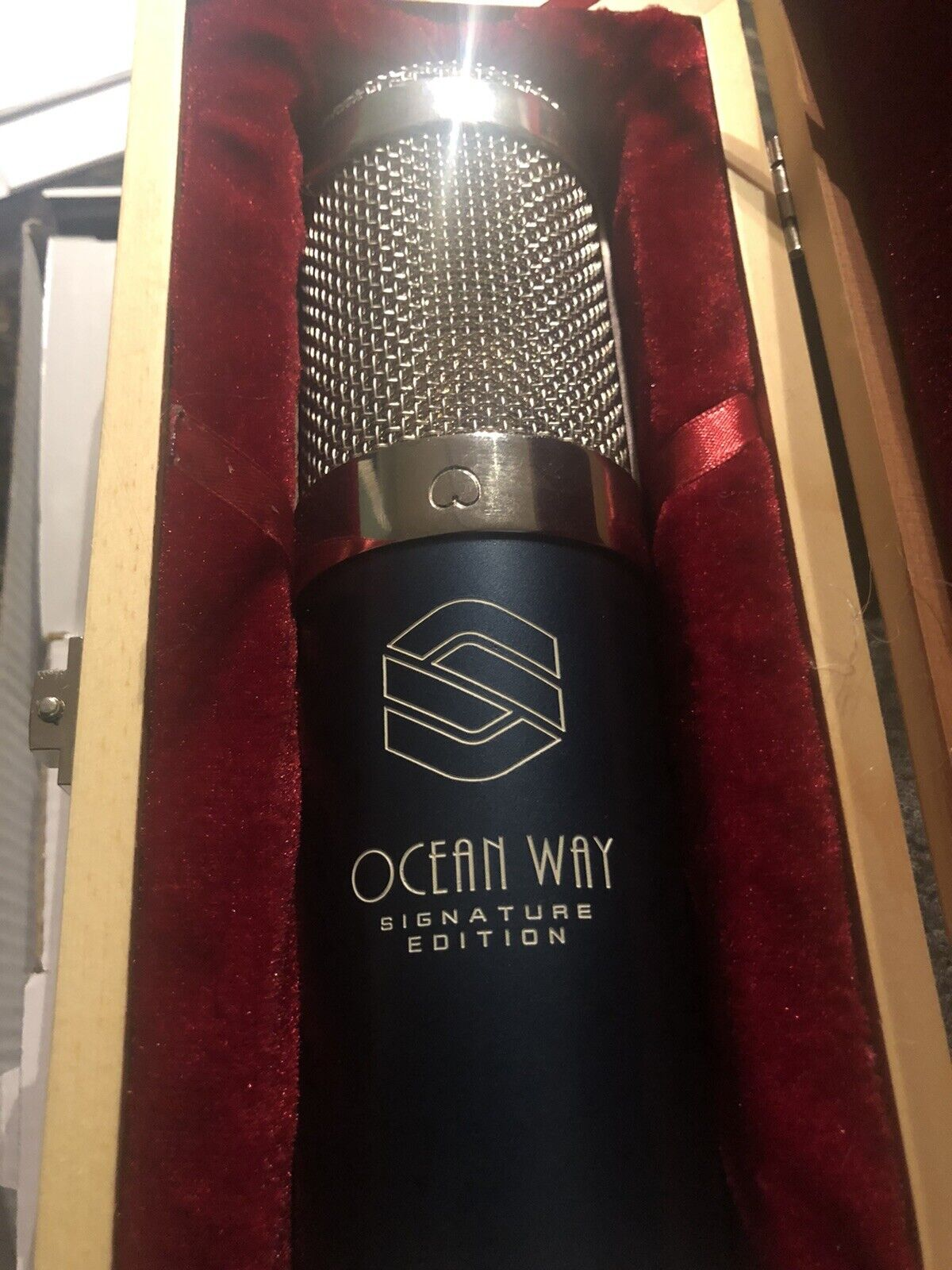 Sterling Audio Ocean Way Signature Edition Allen Sides ST6050 Condenser Mic. Buy it now for 600.00