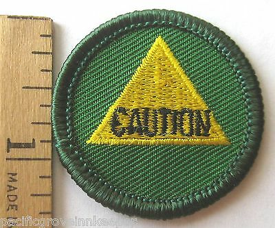NEW VINTAGE 1990S JUNIOR GIRL SCOUT SAFETY SENSE CAUTION BADGE PATCH 1 1//2/""