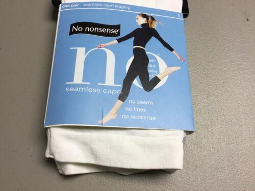 NWT Women/'s No Nonsense Seamless Capri Leggings Size Small White #1002P