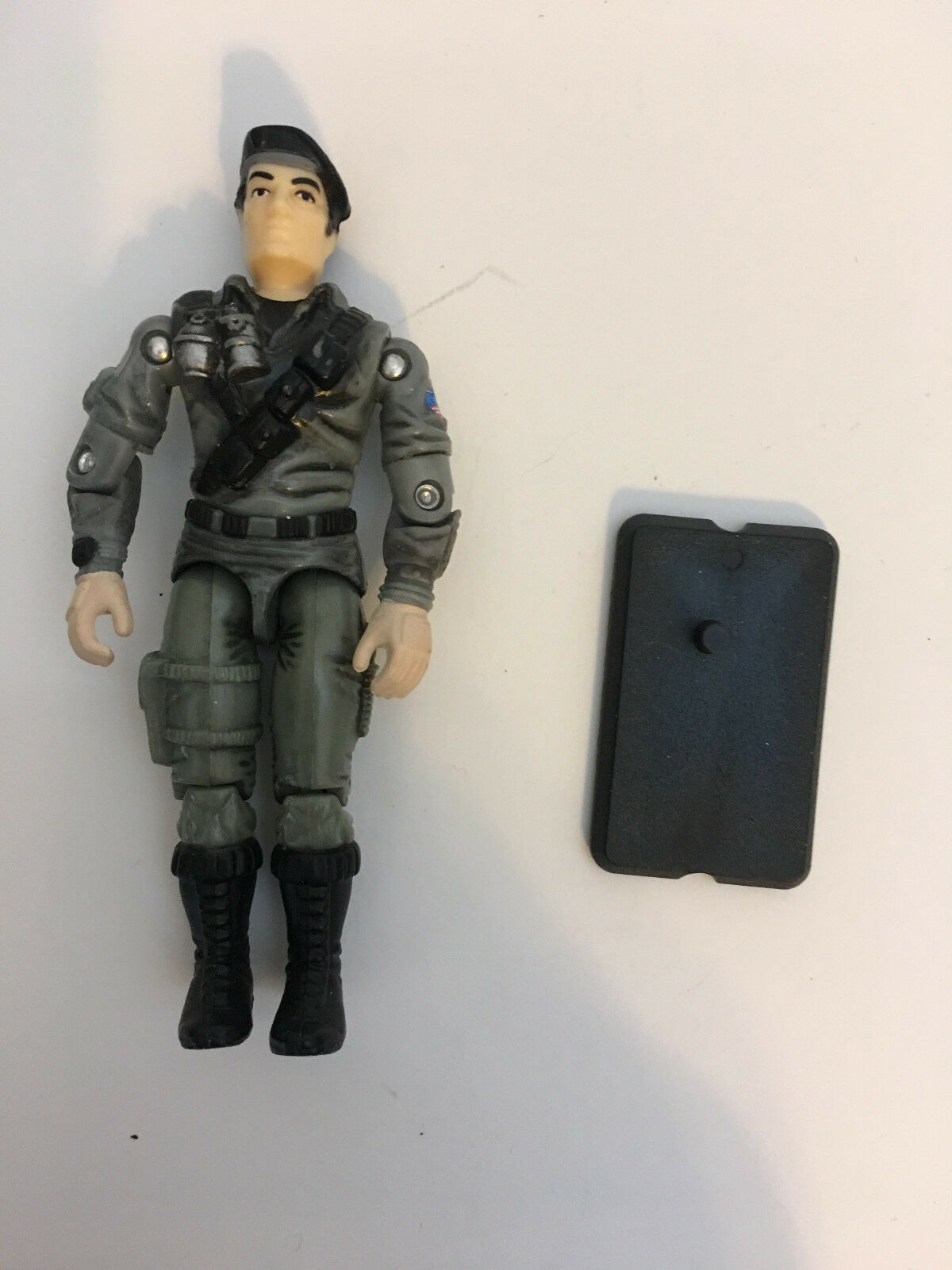 GI JOE 2002 DUSTY DESERT TROOPER (Driver of the the the Night Rhino) Loose with filecard dd1972