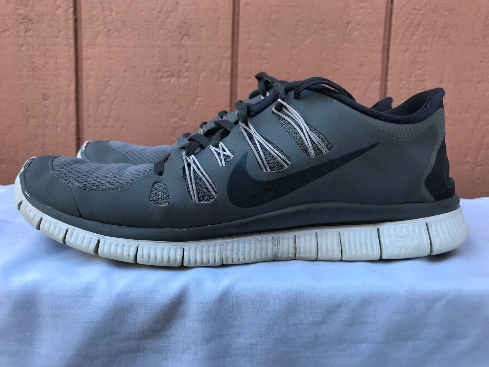 Mens NIKE FREE 5.0+ Grey Athletic Shoes 579959 001 Classic Running Trainers Great discount