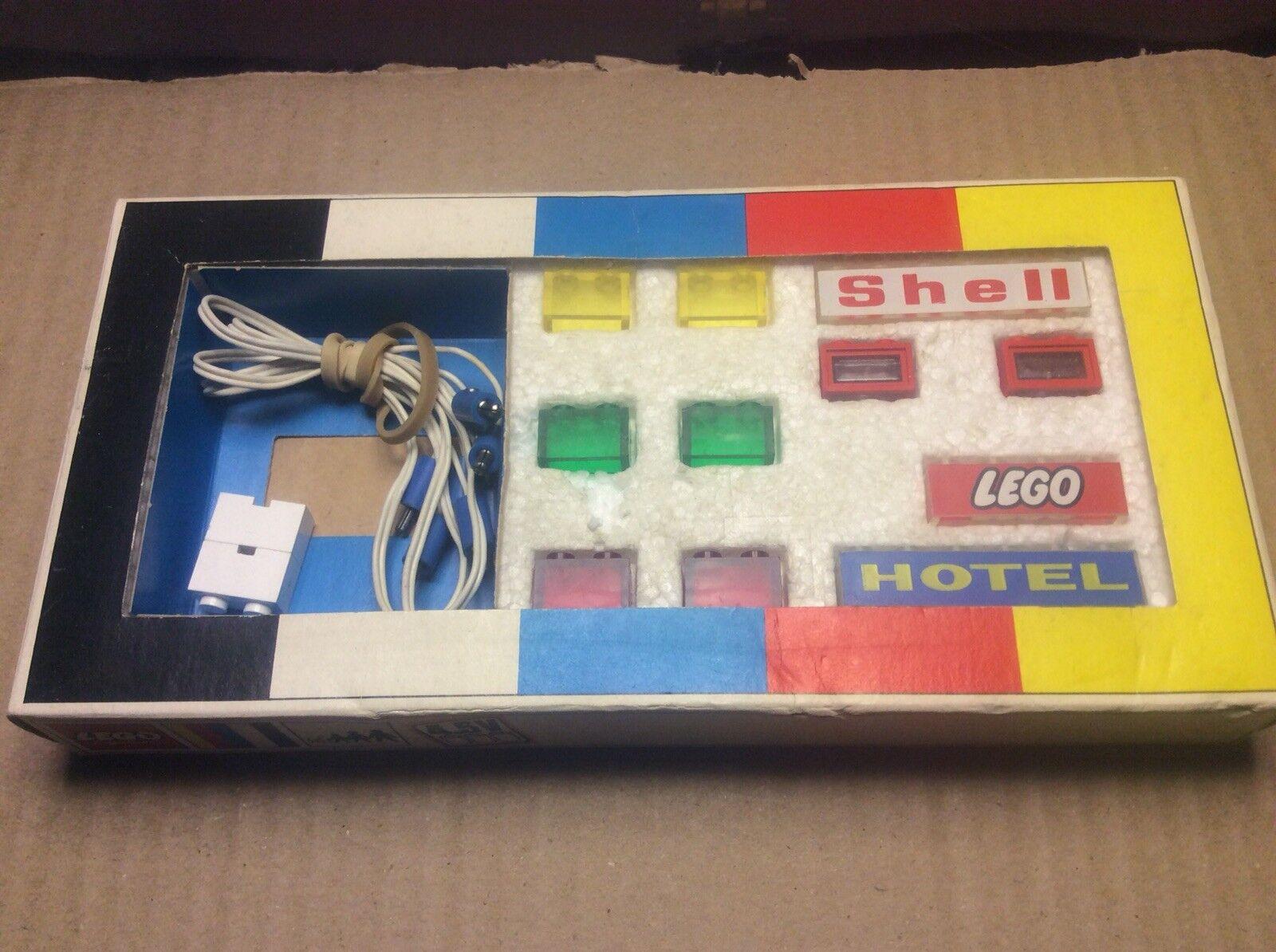 Vintage 1969 LEGO 4.5 V Lighting Kit entièrement complet et de travail