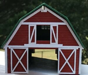 G-SCALE-BARN-w-BEAUTIFUL-INTERIOR-must-see-pics