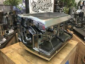 WEGA-POLARIS-2-GROUP-CHROME-ESPRESSO-COFFEE-MACHINE-COMMERCIAL-CAFE-BARISTA-CUP