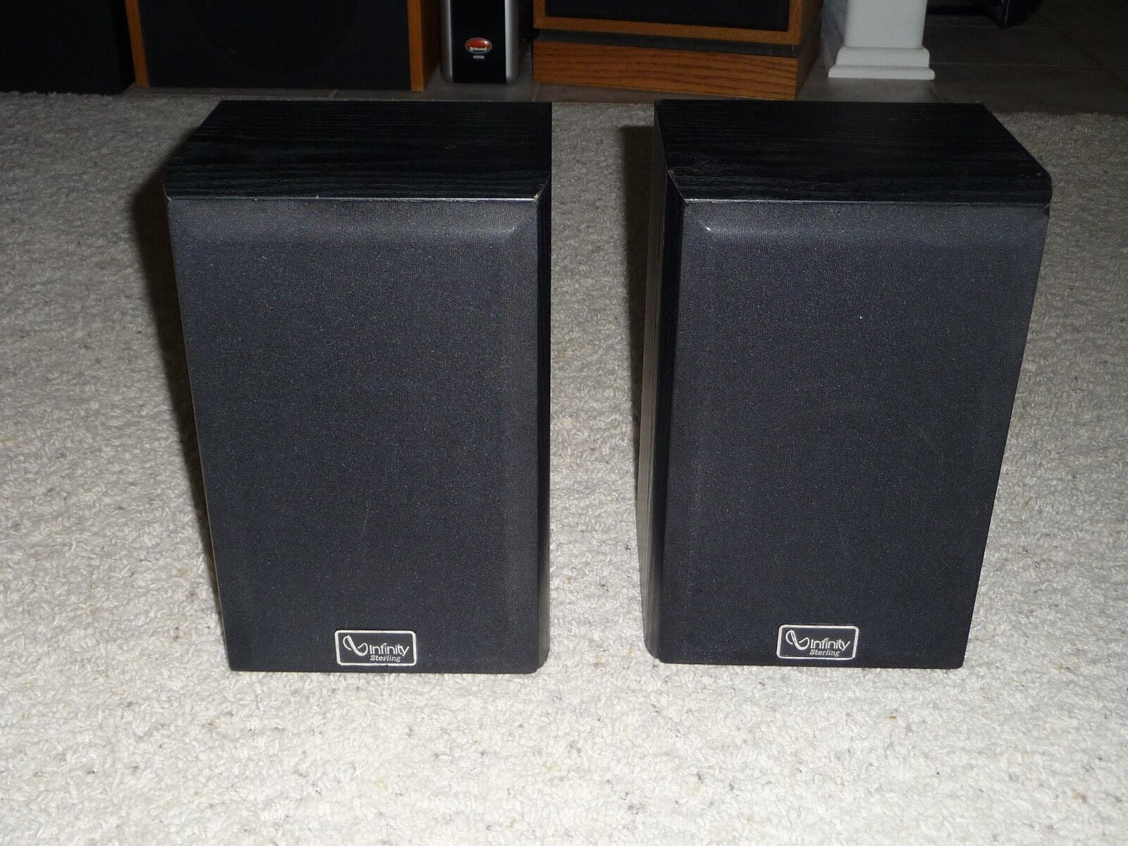 Infinity Sterling Series SS2001 Set of 2 Bookshelf Speakers Need Surrounds