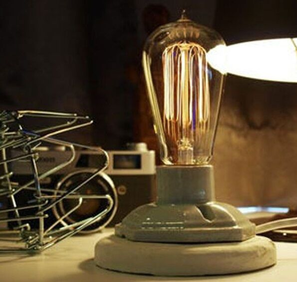 E27 Industrial Table Lamp With Adjustable Brightness vintage Bulb Unique Retro