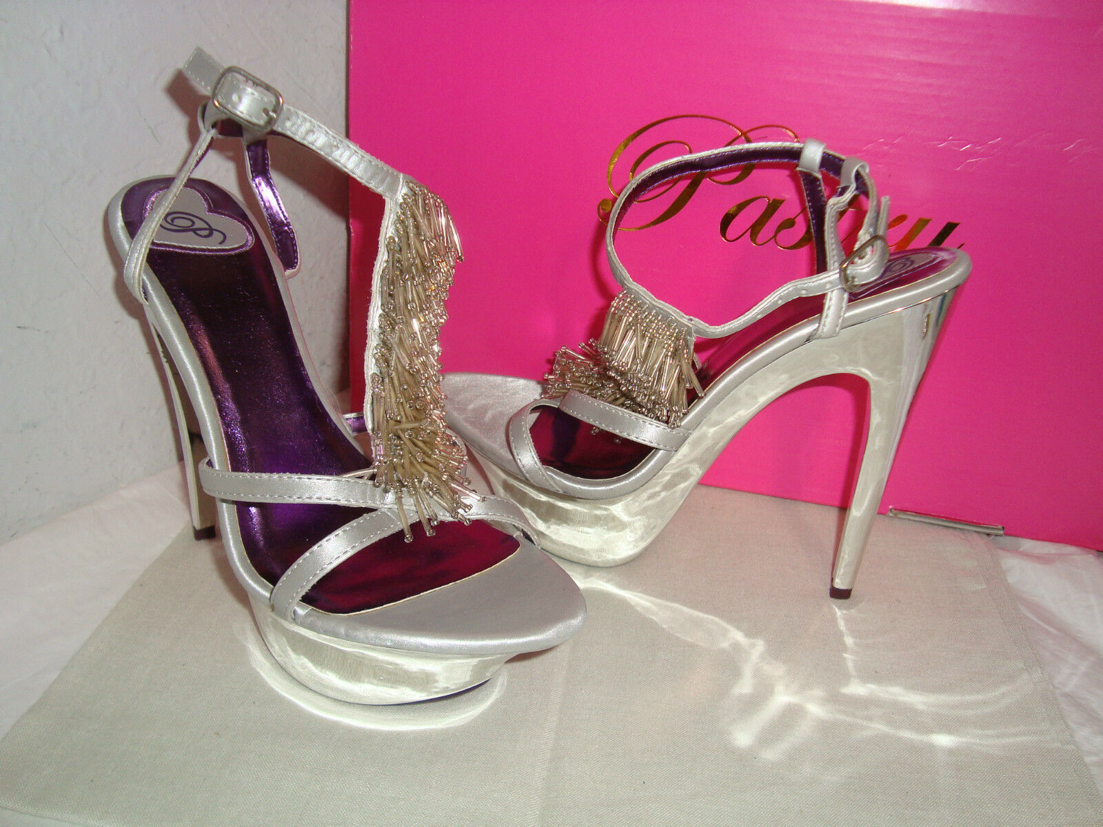 NEU Pastry Glam Night Silver Stilettos Heels 6.5 Medium