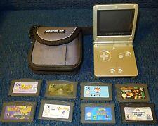 Silver Gameboy Advance SP Nintendo + Case + 8 Games