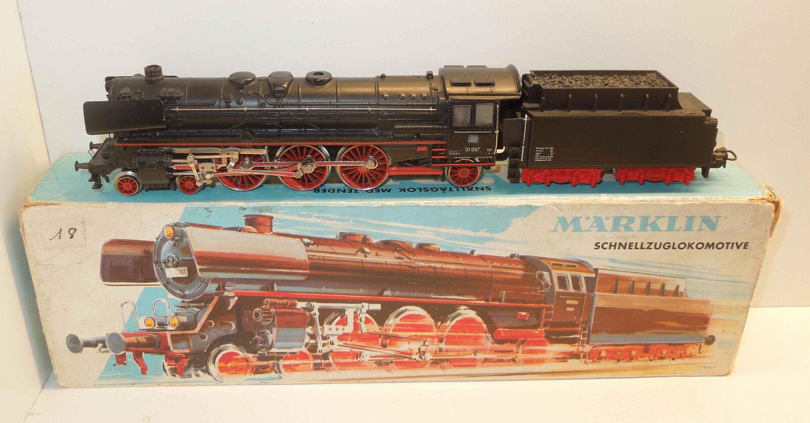 Märklin h0 3048 máquina de vapor br 01 097 de la DB en una caja de imágenes